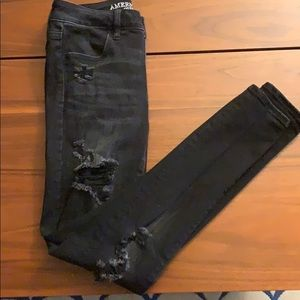 AEO X High-rise jegging black destroyed